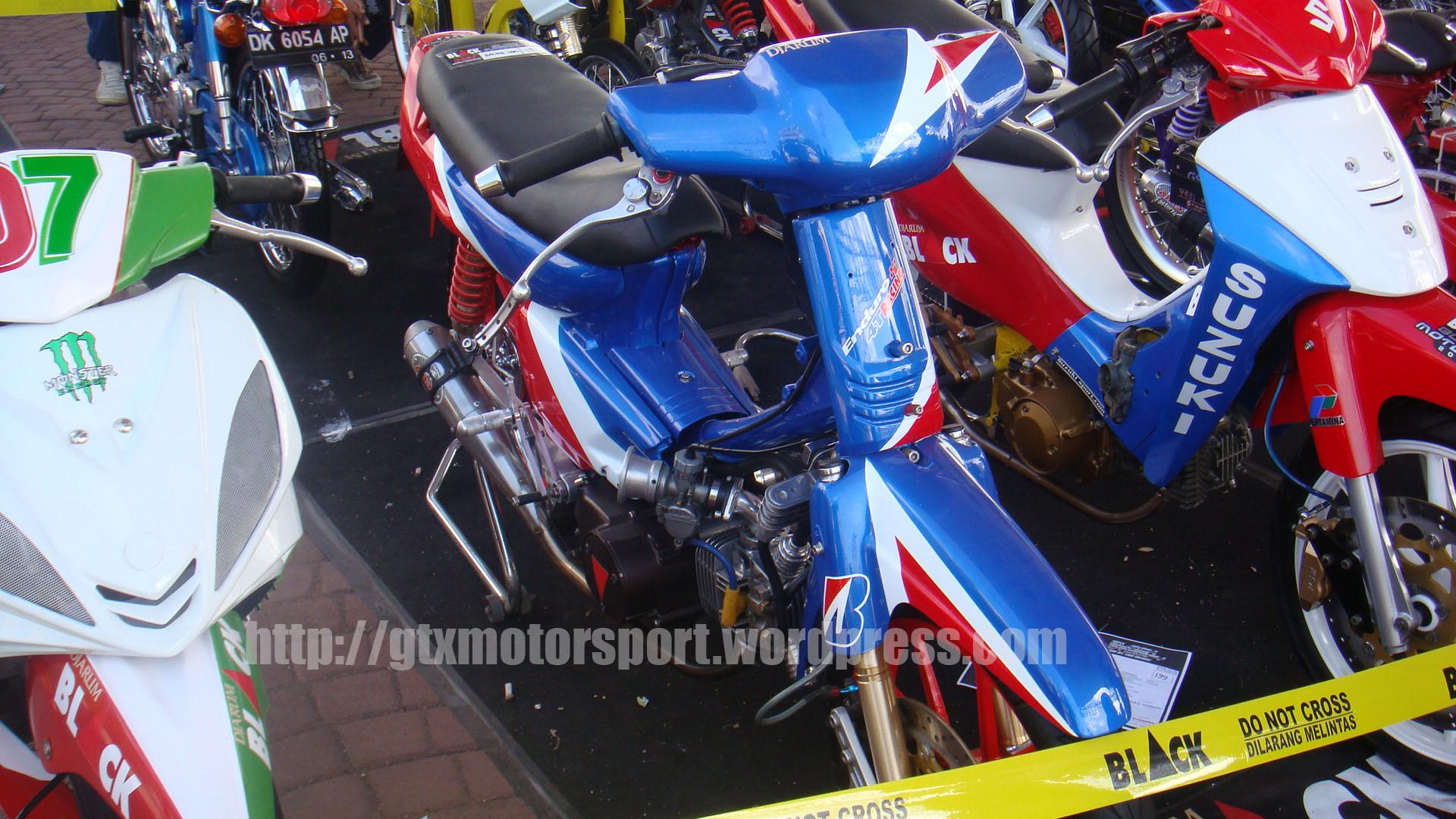 Parade Foto Motor Kontes Bali